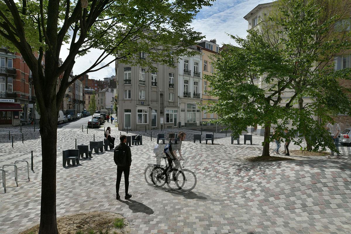 Artichaut: More Square, Less Road